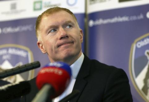 """P. Scholesas pasitraukė iš """"Oldham Athletic"""" trenerio pareigų"""