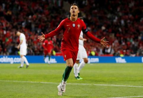 """C. Ronaldo """"hat-trickas"""" atvedė Portugaliją į Tautų lygos finalą"""
