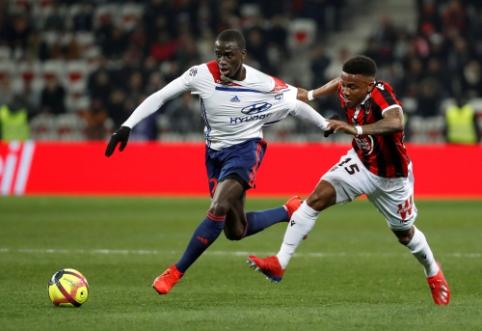 """Madrido """"Real"""" baigė derybas dėl """"Lyon"""" gynėjo įsigijimo"""