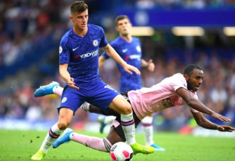 """Intensyvioje """"Chelsea"""" ir """"Leicester"""" futbolininkų akistatoje – lygiosios"""