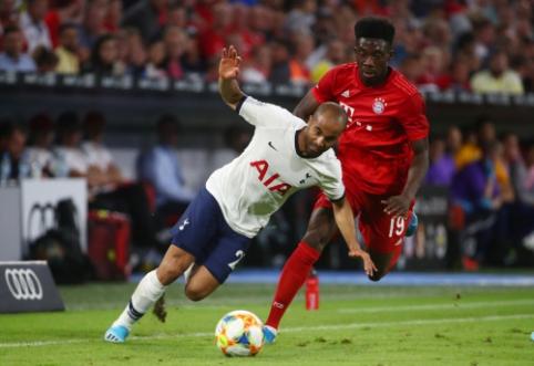 """L. Moura džiaugiasi pirmuoju trofėjumi """"Tottenham"""" gretose"""