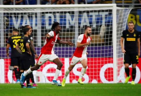 """Pirmasis netikėtumas Čempionų lygoje: """"Inter"""" tik per pridėtą laiką išvengė pralaimėjimo prieš """"Slavia"""""""