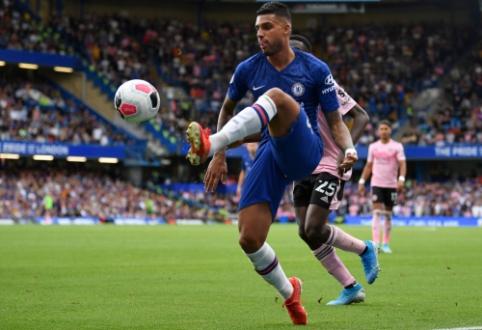 """Chelsea"" tikisi pratęsti kontraktą su Emersonu"