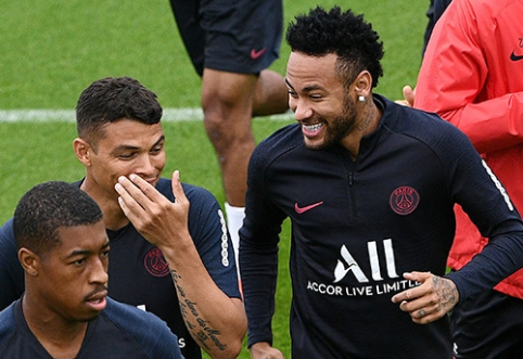 J.Tebasas: situacijai nepasikeitus, Neymaras PSG žais iki karjeros pabaigos