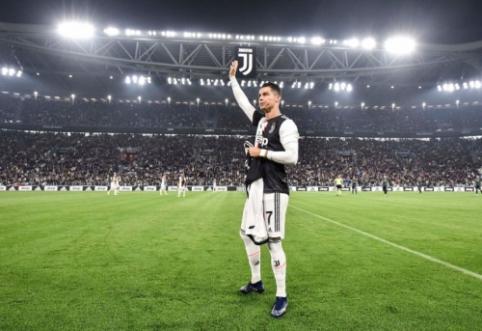 """Neįtikėtina: C. Ronaldo uždarbis iš """"Instagram"""" – didesnis nei rungtyniaujant """"Juventus"""" klube"""