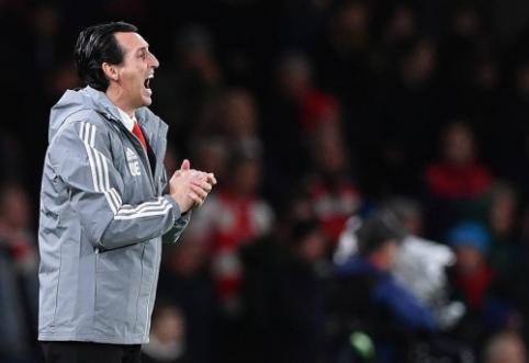 """""""Arsenal"""" fanus į neviltį varantis U. Emery nesuka galvos dėl savo ateities"""