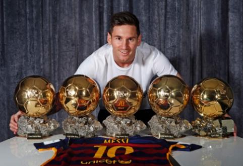 """Spauda: """"Auksinis kamuolys"""" – L. Messi rankose"""