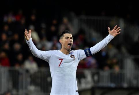 """C. Ronaldo apie M. Sarri sprendimus: """"Nemėgstu būti keičiamas"""""""