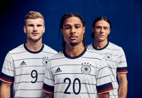 """""""Adidas"""" pristatė naujas rinktinių aprangas Europos čempionatui"""