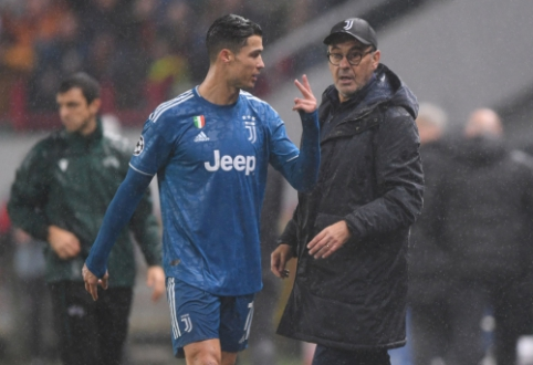 Pamatykite: pakeistas C. Ronaldo neliko patenkintas M. Sarri sprendimu