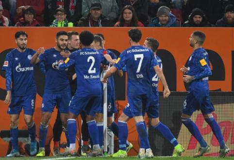"""""""Schalke"""" penkių įvarčių dramoje įveikė """"Augsburg"""" ekipą"""
