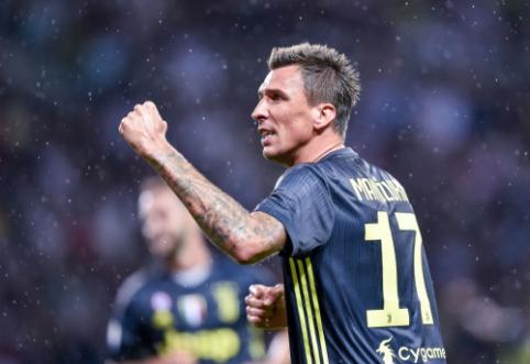 """Oficialu: M. Mandžukičius palieka """"Juventus"""""""