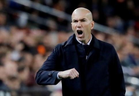"""D. Deschampsas: """"Zidane'as ateityje galėtų tapti Prancūzijos rinktinės treneriu"""""""