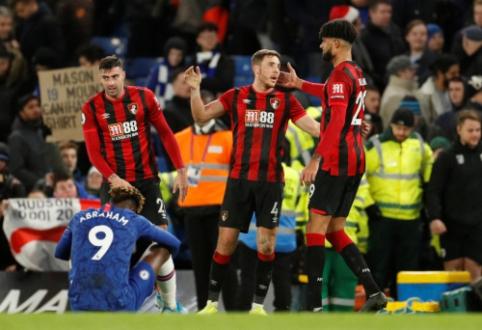 """""""Chelsea"""" patyrė dar vieną nesėkmę, """"Norwich"""" nutraukė """"Leicester"""" pergalių seriją"""