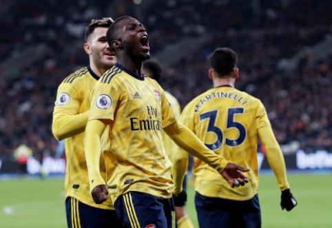 """Antrajame kėlinyje pabudęs """"Arsenal"""" iškovojo ilgai lauktą pergalę"""