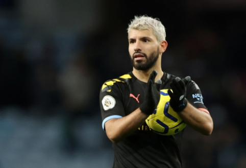 """""""Man City"""" subombardavo """"Aston Villa"""" vartus, o S. Aguero užfiksavo naują lygos rekordą"""