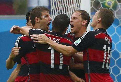 Vokiečiai minimaliu rezultatu palaužė JAV futbolininkus, portugalai įveikė Ganą, tačiau liko už borto (VIDEO)