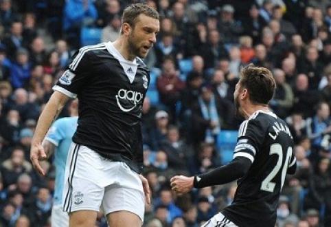 """""""Liverpool"""" įsigys R.Lambertą, už A.Lallaną siūlo 25 mln. svarų sterlingų"""