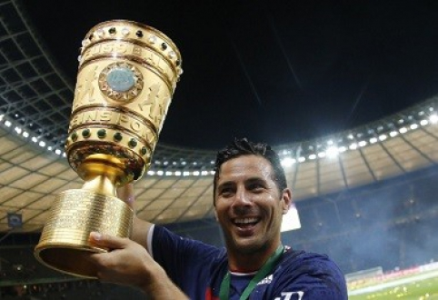 "C.Pizarro pratęsė sutartį su ""Bayern"""
