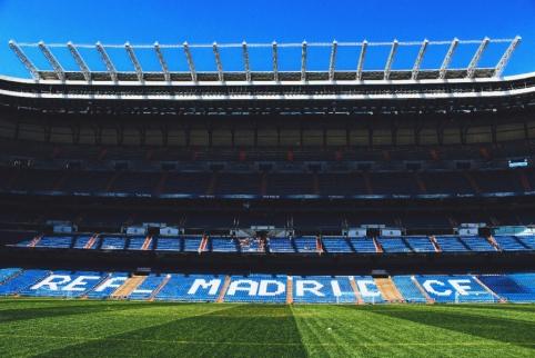 """""""Real"""" stoja į kovą su COVID-19: savo stadione sandėliuos ir tieks medicininę įrangą"""