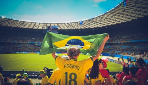 Ronaldinho ilgam lieka už grotų Paragvajuje