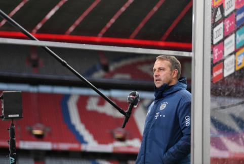 """H. Flicką nuliūdino """"Bayern"""" žaidimas gynyboje"""