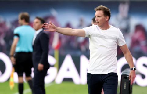 """Savo komandą su studentais palyginęs J. Nagelsmannas pažėrė kritikos dėl """"Bundesliga"""" tvarkaraščio"""