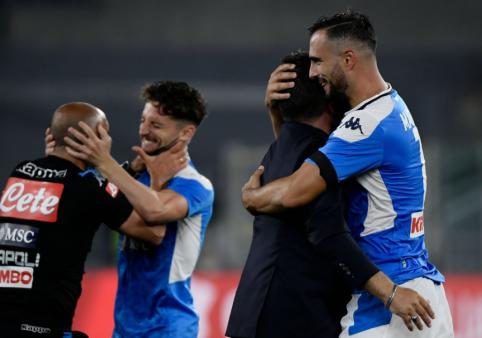 """""""Napoli"""" po 11 metrų baudinių serijos iškovojo Italijos taurę"""