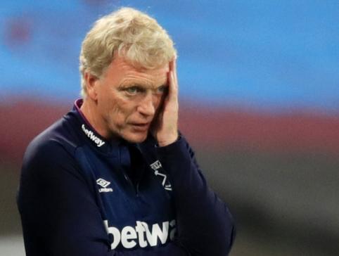 """D. Moyesas ir dar du """"West Ham"""" žaidėjai prieš pat rungtynes buvo priversti palikti stadioną"""
