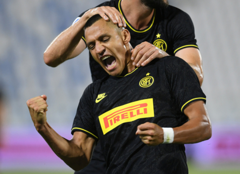 """Oficialu: """"Inter"""" įgijo visas teises į A. Sanchezą"""