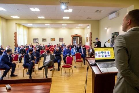 LFF organizavo II lygos klubų atstovų susitikimą