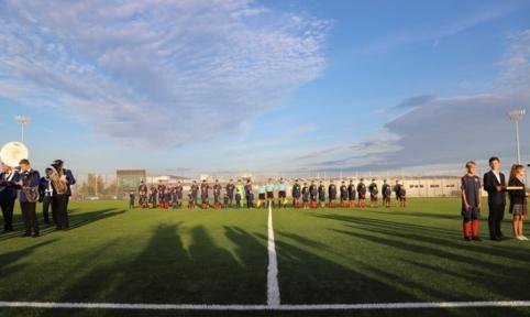 Garliavoje iškilmingai atidarytas futbolo stadionas