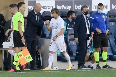 """L. Modričius nesupranta kritikos Zidane'o adresu: """"Tinkamesnio trenerio """"Real"""" klubui nėra"""""""