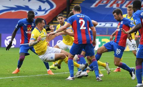 """""""Sheffield Utd"""" ir """"Fulham"""" iškovojo pirmuosius taškus, """"Brighton"""" išsigelbėjo mače su """"Crystal Palace"""""""