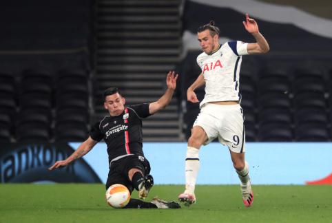 """Europos lyga: """"Tottenham"""" ir """"Leicester"""" iškovojo lengvas pergales"""
