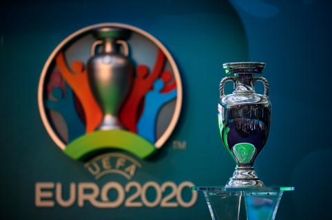 Pristatyta oficiali Europos futbolo čempionato daina