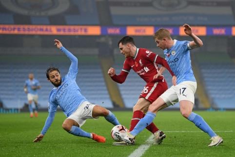 """""""Man City"""" ir """"Liverpool"""" mačas baigėsi kovingomis lygiosiomis"""