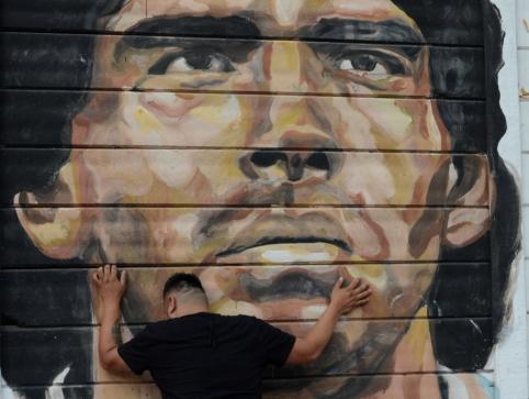 D. Maradonos laidotuvių dieną Argentinoje nuvilnijo skandalas