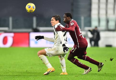 """""""Juventus"""" tik rungtynių pabaigoje palaužė lygos autsaiderius"""