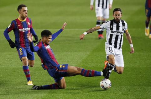"""L. Messi įvartis atvedė """"Barcelona"""" į dar vieną pergalę Ispanijoje"""