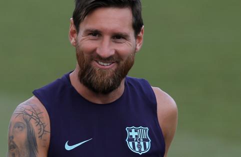 """Spauda: L. Messi šiandien pratęs kontraktą su """"Barca"""""""