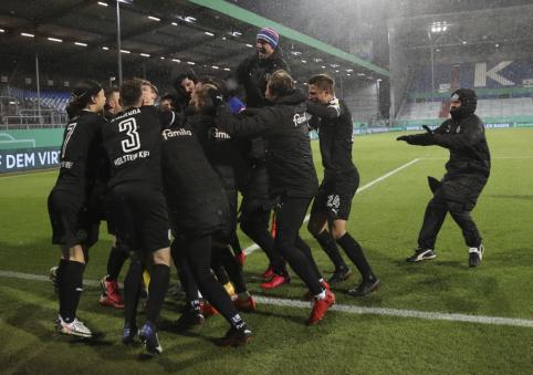 """""""Bayern"""" sensacingai pasitraukė iš kovos dėl Vokietijos taurės"""