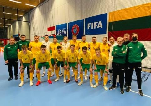 Futsal rinktinės treneris įvertino patirtį Tailande