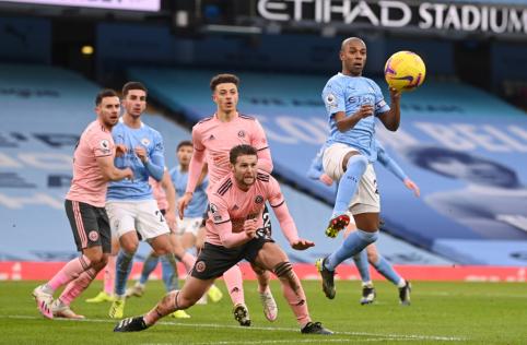 """""""Man City"""" minimalia persvara nukovė """"Sheffield Utd"""""""