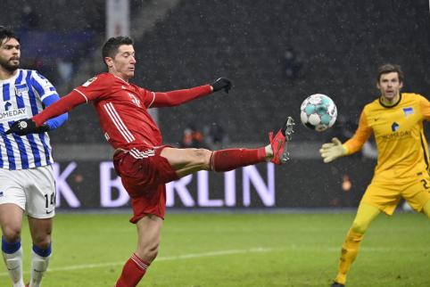 """Bayern"" išvykoje palaužė ""Hertha"""