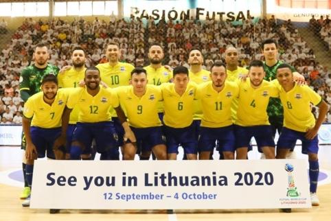 Futsal karaliai brazilai: ar pavyks į sostą sugrįžti Lietuvoje?