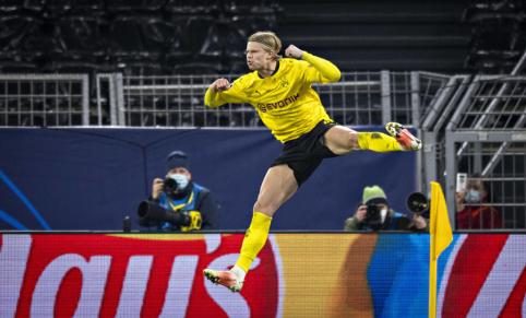 """""""Borussia"""" vadovas – apie žvaigždžių ateitį komandoje"""