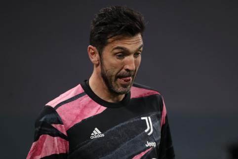 """G. Buffonas ketina vasarą palikti """"Juventus"""""""