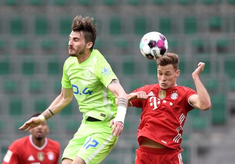 """""""Bundesliga"""": """"Bayern"""" užtikrintai žygiuoja titulo link"""
