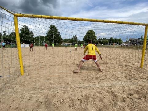 Paplūdimio futbolo rinktinė pralaimėjo Kazachstano atstovams